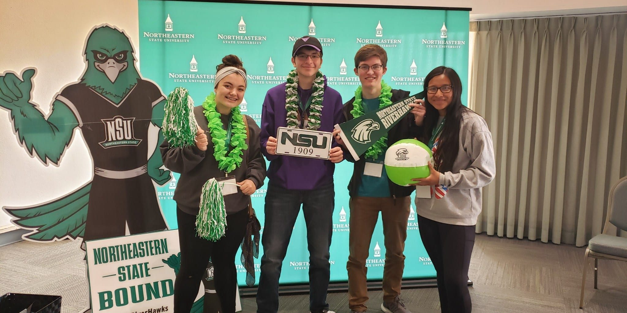 Students from Claremore visiting NSU